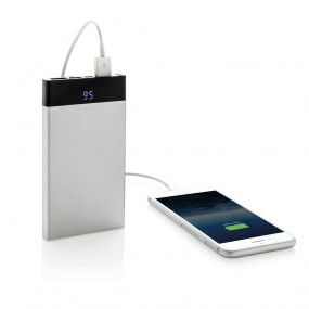 6000 mAh flat powerbank digital display